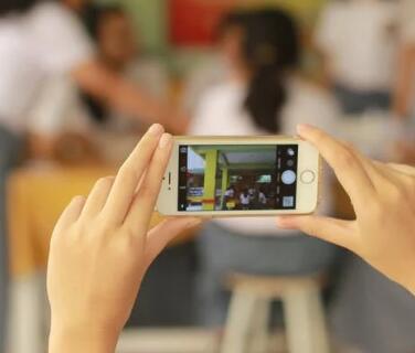 手机上赚零花钱:如何利用手机一天赚50元零花钱 第1张